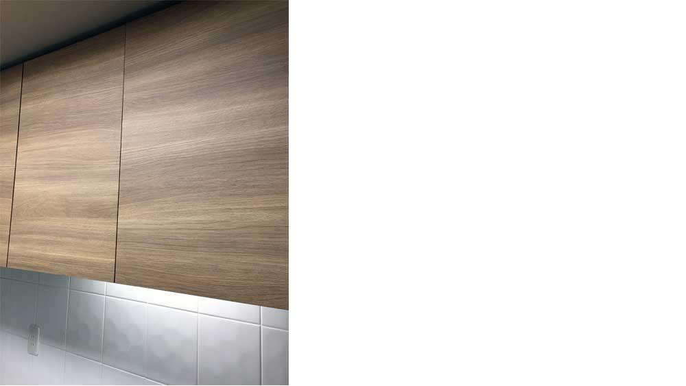 OMPタワーのオプション家具は、システムキッチンの表面材と合わせて製作。