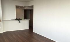 新築マンションのジオタワー南堀江にて、オプション家具の精密採寸。