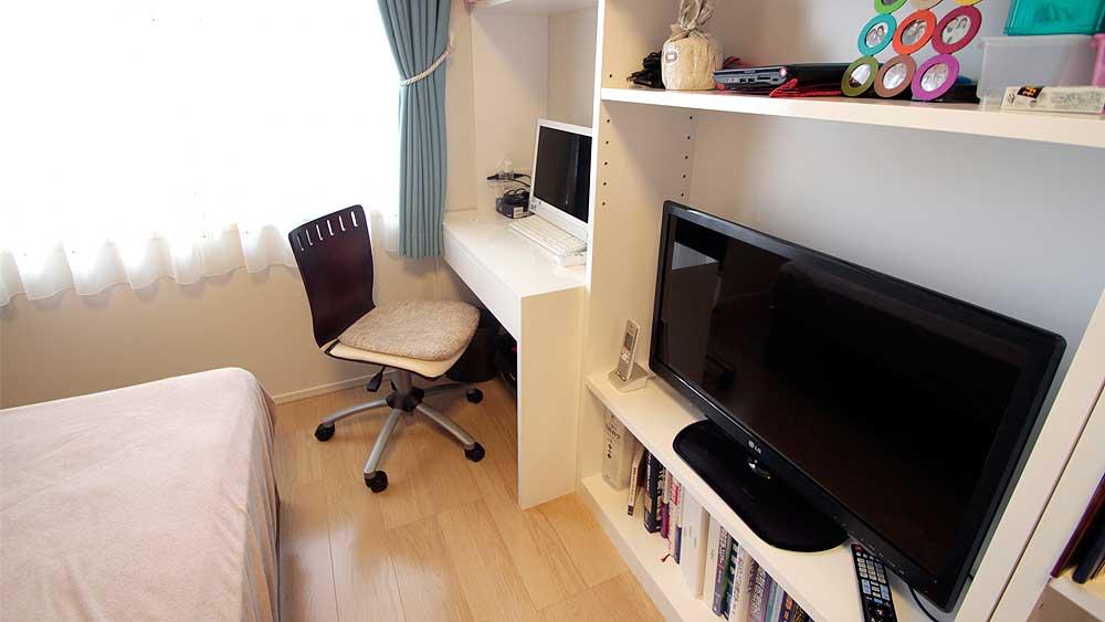 限られた空間を最大限に活かすオプション家具。