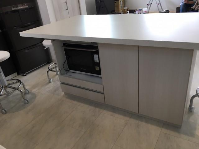 滋賀県の新築マンションでキッチンカウンターを設置いたしました