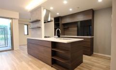 新築マンション会と同じ面材合わせクオリティで、それ以上に高いデザインと施工満足に優れています