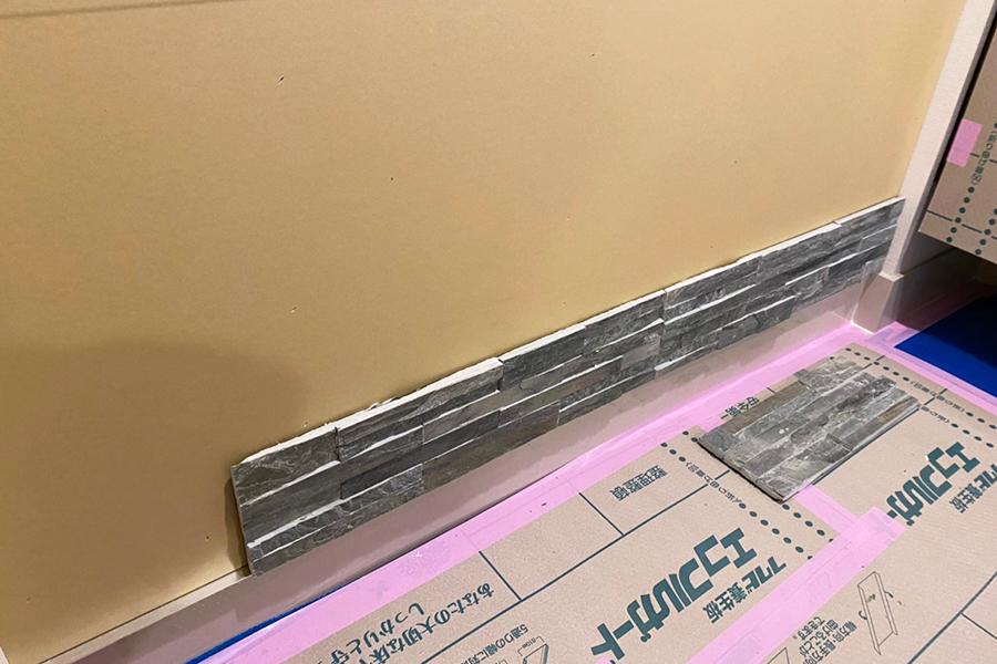 新築のマンションオプション工事で石膏ボードを重ねて貼って